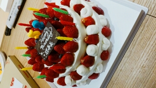 増木理事長のお誕生日ケーキ